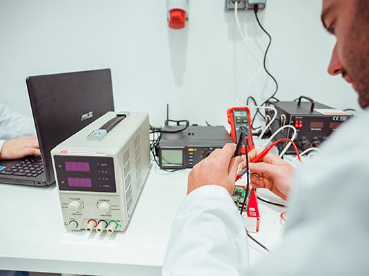cetim-centro-tecnologico-equipo-4