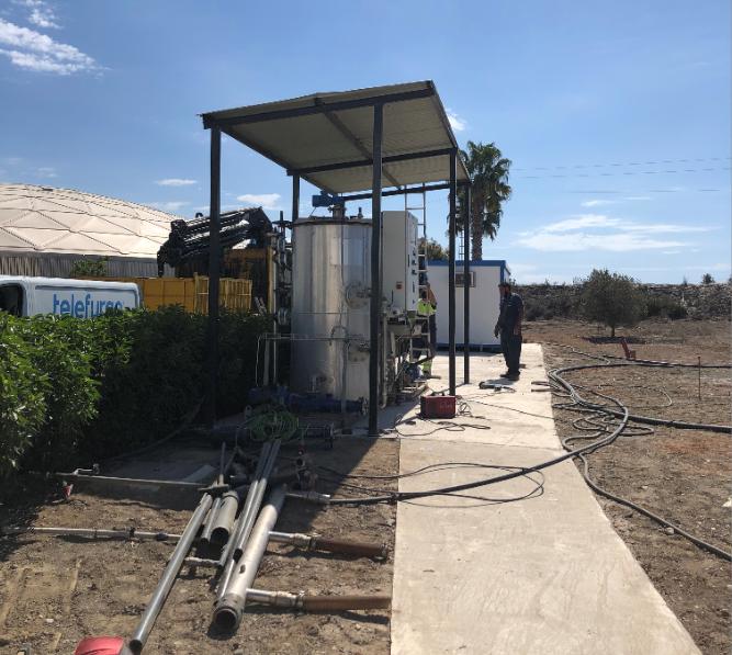 Estación Depuradora de Aguas Residuales de El Bobar (Almería) y detalle de la construcción del reactor de hidrólisis enzimática de LIFE ULISES.